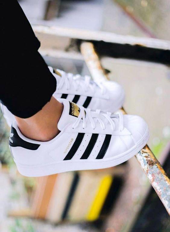 3a01fede Tipos de zapatos para hombre y cuándo utilizar unos u otros.